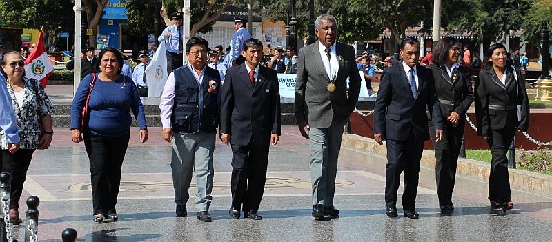 Nasca - Plaza Mayor - Ceremonie