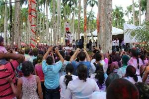 Paramaribo - Holi Phagwa - Palmentuin