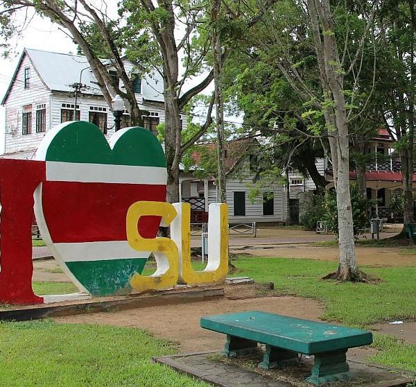 Paramaribo - I love Su